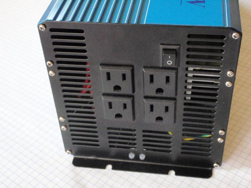 Inversor de corriente 3,000 W a 220 Volts. NC-3000-S