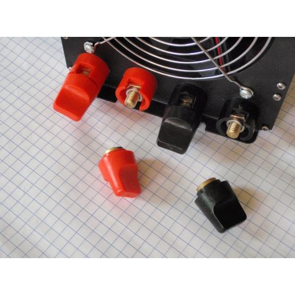 Inversor de corriente 6,000 W a 110 o 220 Volts. ZB-6000-S